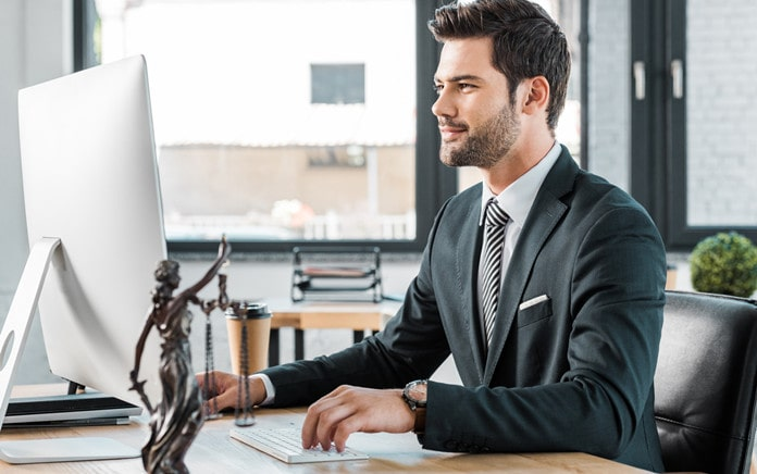hire corporate lawyer in singapore