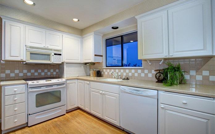 find superior shaker kitchen cabinets